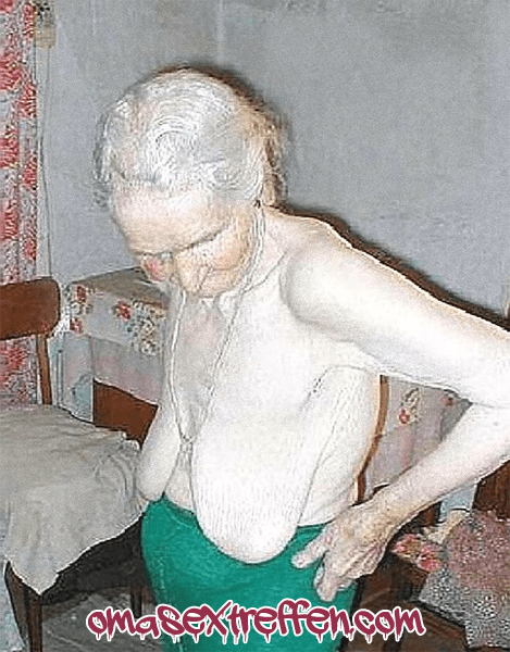 Uromasex mit Oma 80 plus erleben